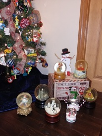 Jim's Snow Globe collection from Tutu